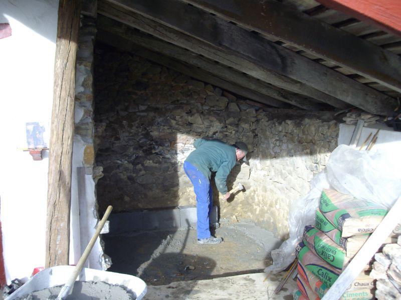 Construction des fondations murs porteurs et des dalles for Construction mur porteur