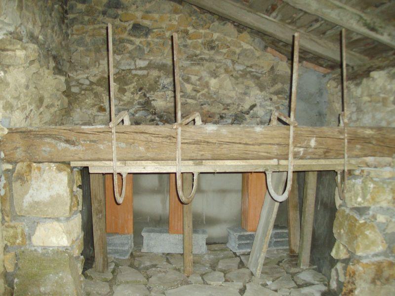 Construction des fondations murs porteurs et des dalles for Four a pain construction